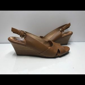 Sofft Size 7.5 M Women's Brown Open Toe Wedge Heel